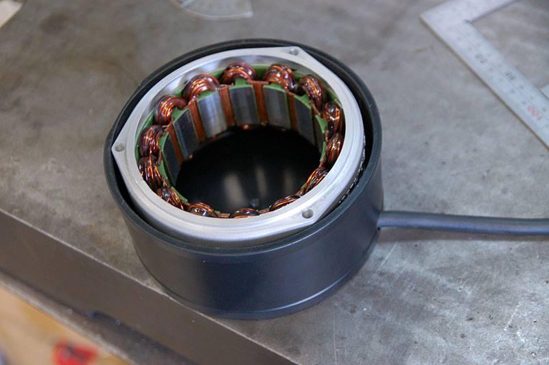 http://www.ritmo-sereno.com/46blog/i-r100rs-s.jpg